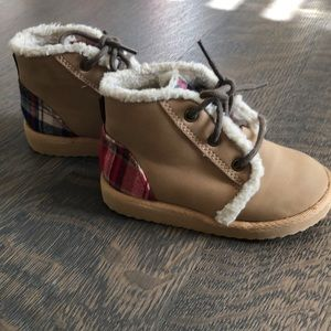 GAP Shoes - Plaid and tan boots
